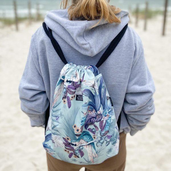 Welurowy plecak worek kwiaty mięta
